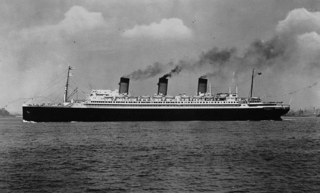 SS Ile de France in her heyday