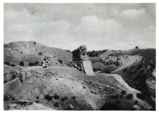 The Lion of Babylon in the ancient city of Babylon, November 1942